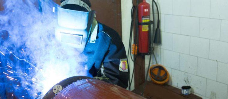 הוראות יסוד להגברת בטיחות העובד בשימוש ברתכות חשמליות